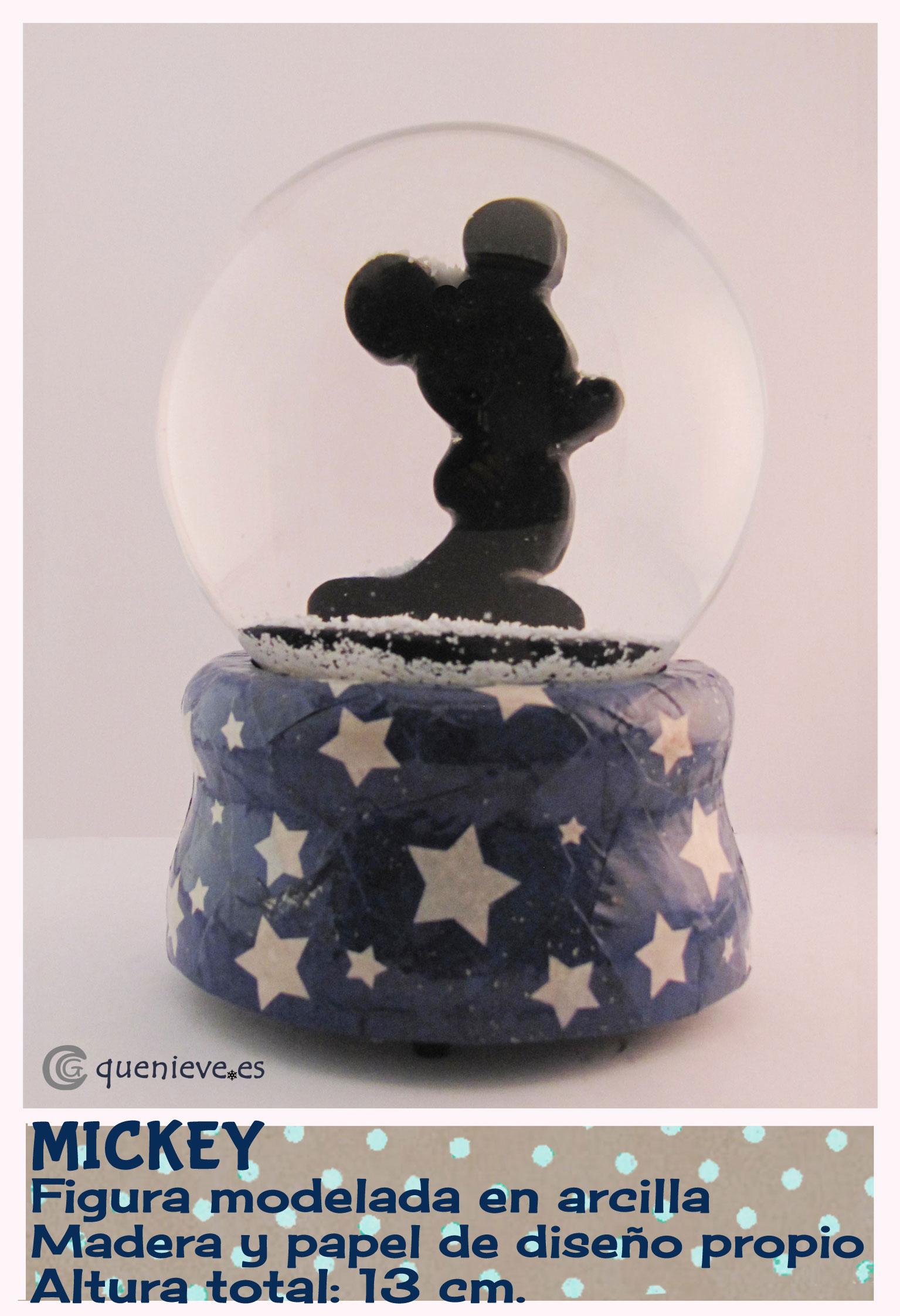 Bola de nieve personalizada con figura de Mickey. Creada por QueNieve