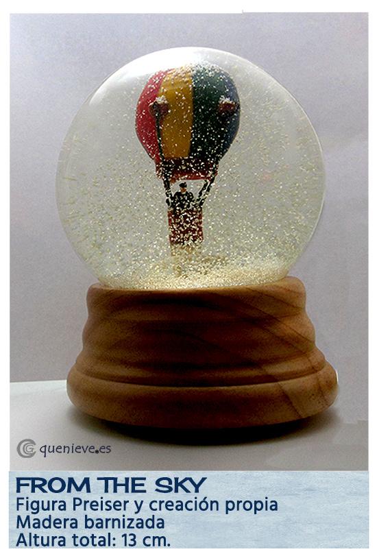Bola de nieve personalizada con figura de globo. Creada por QueNieve