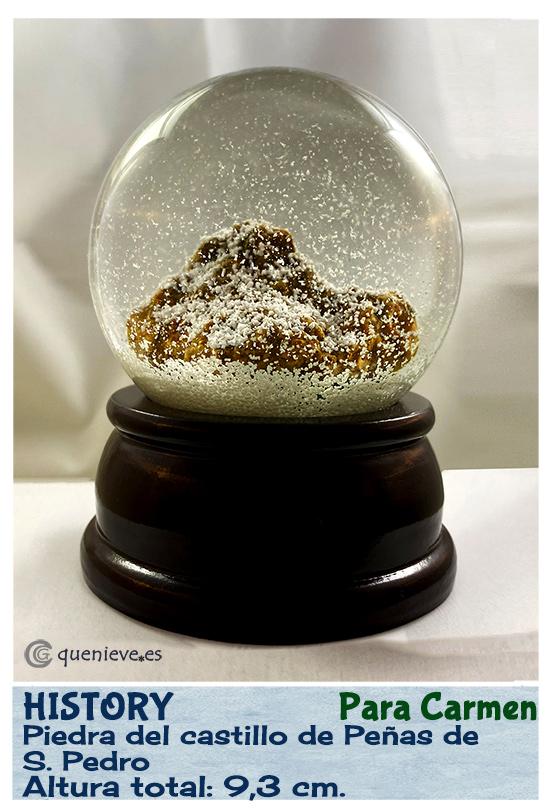 Bola de nieve personalizada con piedra. Creada por QueNieve